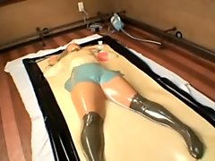 Japanese girl role playing vacuum bed experience